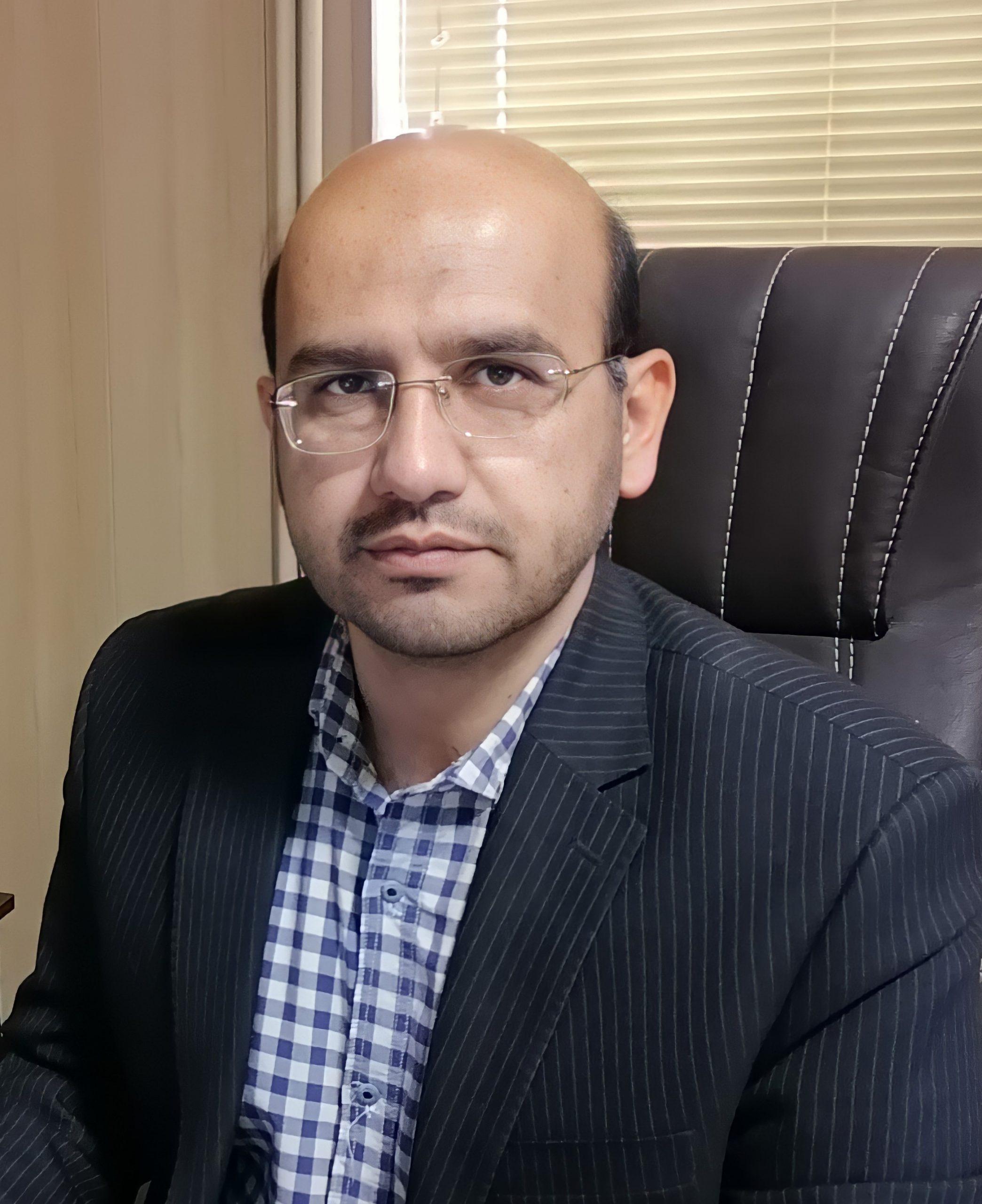 دکتر ابوالفتح عزیزی
